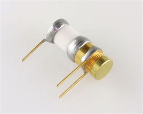 trimmer capacitor function 2x 5501 johanson variable trimmer capacitor 1pf 20pf 250v dc 1 20pf 1pf 20pf ebay