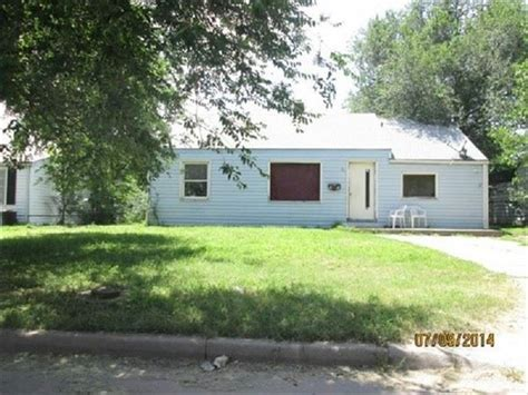 hud housing wichita ks 2531 s mead st wichita ks 67216 bank foreclosure info reo properties and bank