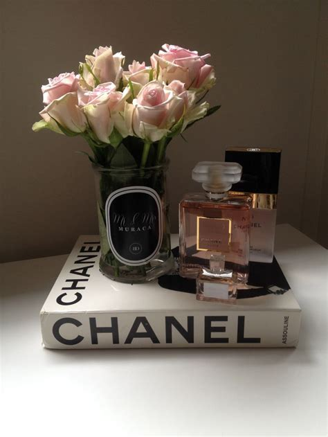 Best 25 Chanel Decor Ideas Only On Pinterest Dressing Chanel Coffee Table Book