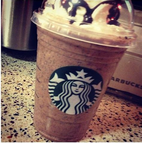 how to make a starbucks frappuccino at home i absolutely