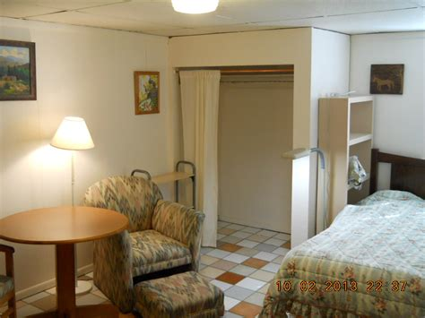 boarding rooms for rent fragrance free rooming house rooms for rent raton nm raton rentals