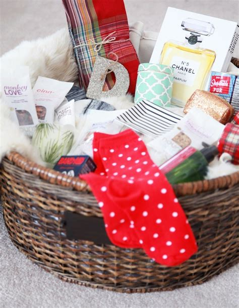 a pottery barn holiday gift basket giveaway