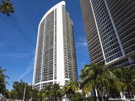 Apartments For Rent In Hallandale Miami Club Three Condos For Sale And Rent In Hallandale