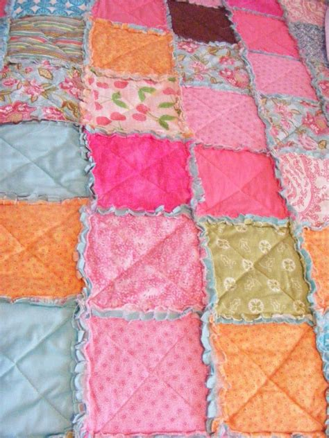 Quilt Diy by Diy Easy Thrifty Pretty Rag Quilt Diy Craft Projects