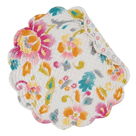round round rounding round round and patchwork pink sasha floral reversible round quilted placemat 17 quot c f