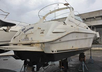 fiberglass boat bottom paint boat repair ft lauderdale fl bottom painting gelcoat