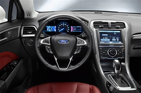 New Mondeo Interior by New Ford Mondeo Pictures Auto Express
