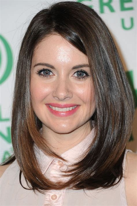framed face long hairdoo 28 alison brie hairstyles alison brie hair pictures