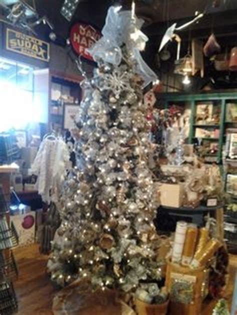 cracker barrel tree barrels crackers and woodland animals on