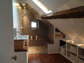 salle de bains sous les toits home style
