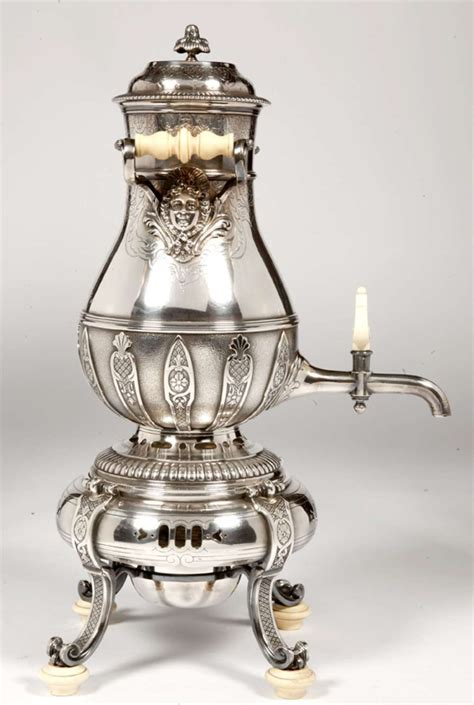 le march 233 biron orfevre cardeilhac samovar ou fontaine