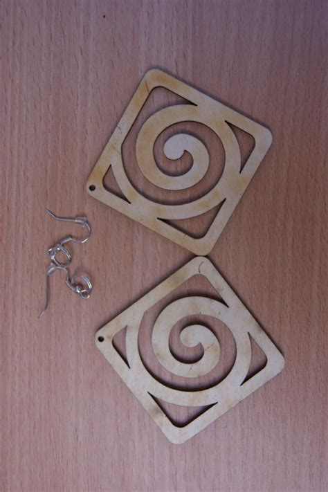 Decoupage Shapes - plain wooden earrings many shapes decoupage craft