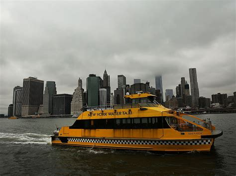 fire boat restaurant nyc nyc water taxi accident 30 injured after boat makes hard