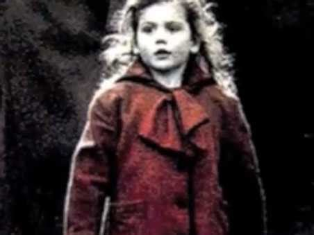 schindlers list wikipedia schindler s list red coat girl today business insider