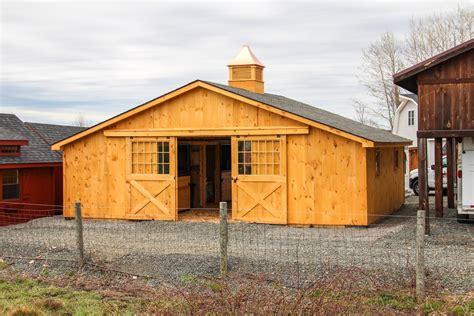 center aisle horse stable center aisle horse barn photos the barn yard great