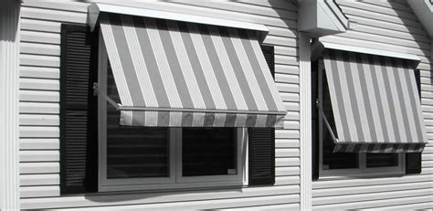 Everite Awning by 100 Rolltec Retractable Patio Awning 10 Rolltec Retractable Awnings Toronto Ontario