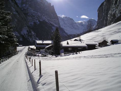 file lauterbrunnen in winter jpg