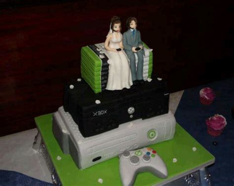 Hochzeitstorte Gamer by 5 Wedding Cakes For A Geeky And Groom
