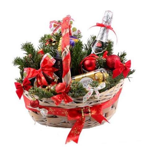 fiori per natale fiori per natale invia composizioni floreali natalizie a
