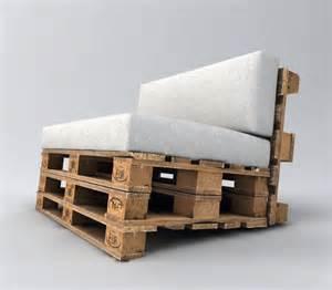paletten sofa bauen palettensofa selber bauen anleitung garten