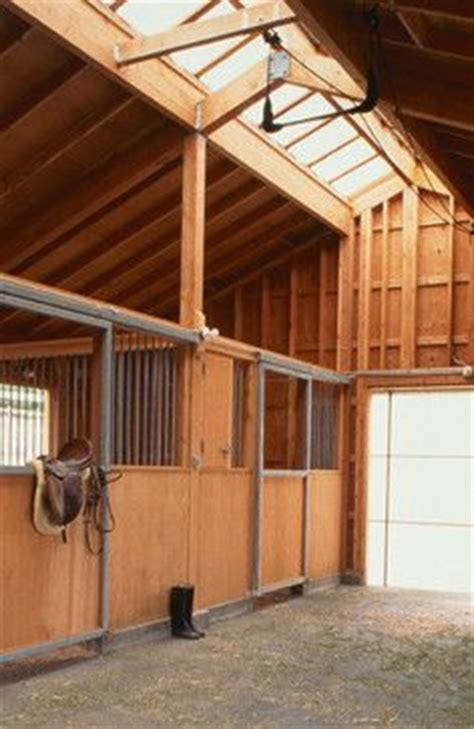 open area for future stalls 8 stall horse barn with future horse barn on pinterest horse barn designs