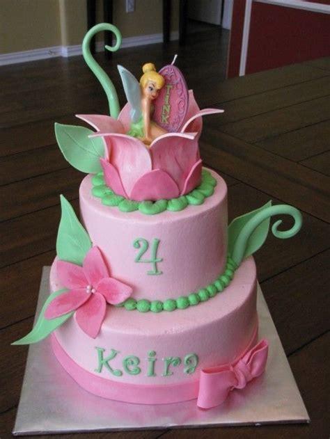 tinkerbell kuchen best 25 tinkerbell cake topper ideas on