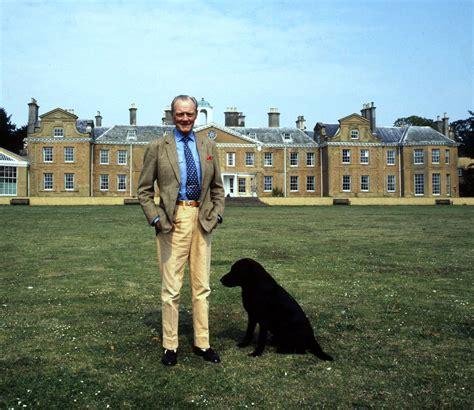 8th house file 8th duke of wellington at stratfield saye house allan warren jpg wikimedia commons