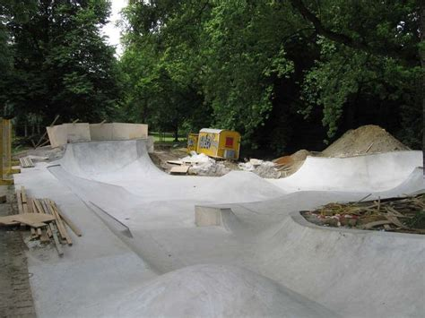 backyard bmx rs 16 best back yard skateparks images on pinterest