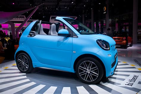 smart car 2016 2016 smart fortwo cabrio unveiled makes debut at