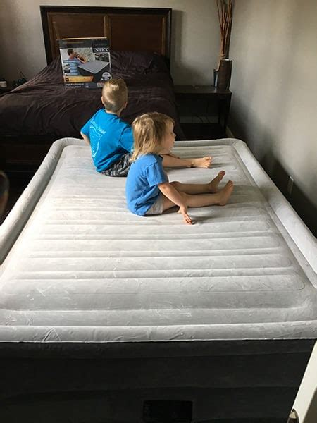 intex comfort plush elevated dura beam airbed intex comfort plush elevated dura beam airbed review