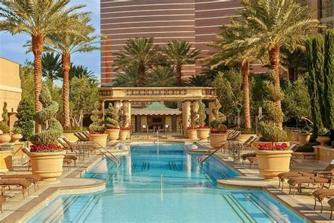 las vegas luxury hotels resorts page 11 luxury travel best travel magazine