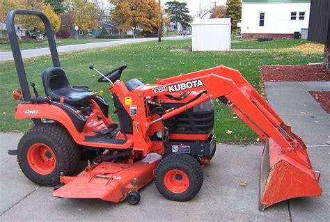 mower lawn tractor or garden tractor lawneq