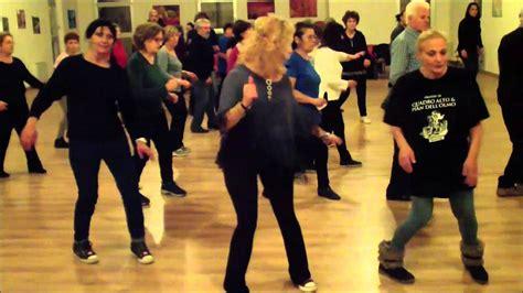 swing ballo di gruppo travesuras reggaeton ballo di gruppo
