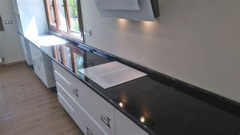 encimera granito negro izarri marmoles y granitos