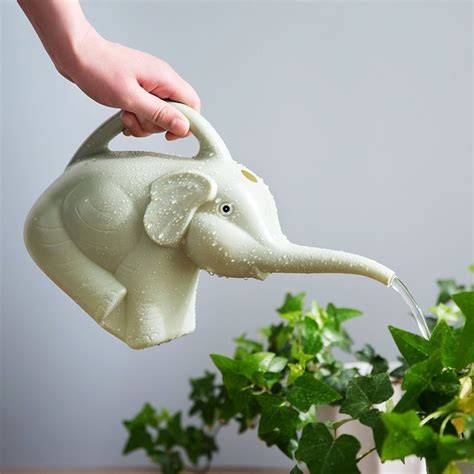 Elephant Watering Pot elephant watering can 187 petagadget