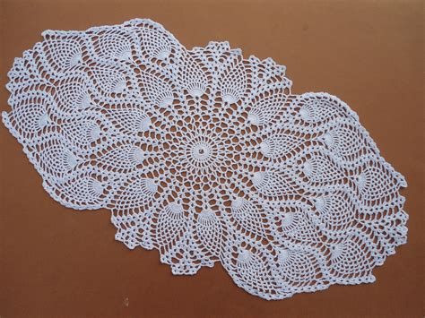 table runner for oval table oval crochet doily crochet table runner white crochet