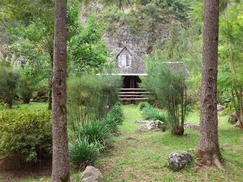 Photo à Saint Joseph (97480) : Roche Plate et ses maison d'une architecture rustique et