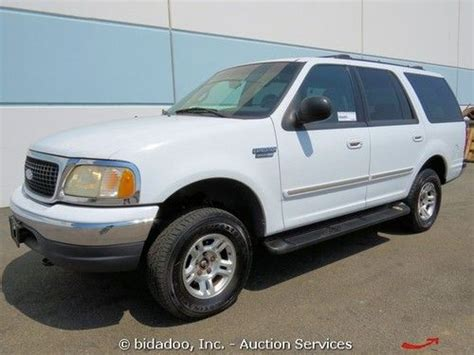 used ford suvs with 3rd row seating buy used ford expedition xlt 4x4 suv triton v 8 5 4l 3rd