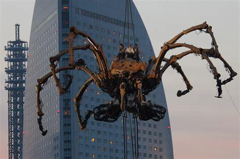 la machina giant robot spider in yokohama pics video pink tentacle