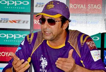 wasim akram double swing wasim akram feels that fast bowling is becoming a part of