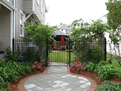 Side Yard Landscaping Ideas Upgrading The Side Yard Diy