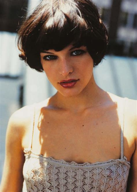 black bob hairstyles 1990 milla jovovich showing nipples picture 22532