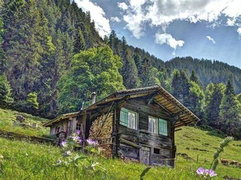 Cabins To Stay In Switzerland Is Begging You To Come And Stay In Its