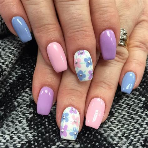 Blumen Nägel by 50 Flower Nail Designs For Stayglam