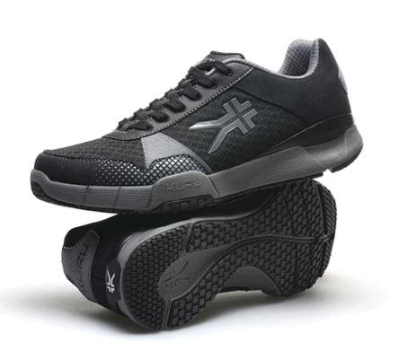 plantar fasciitis minimalist shoes best treatments for symptoms of plantar fasciitis kuru