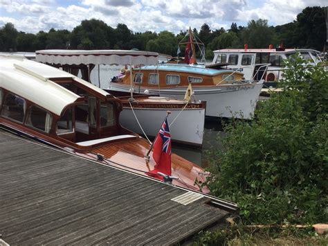 Thames River Boat Club | thames vintage boat club beale park boat outdoor show