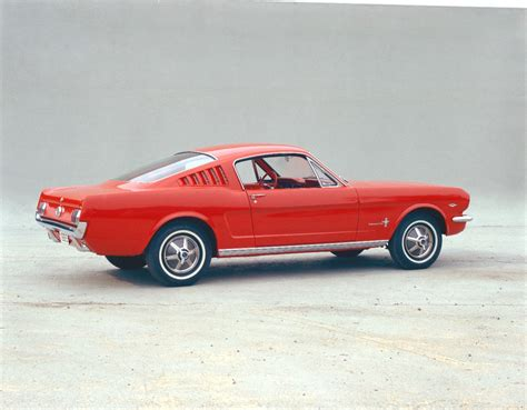 the evolving design themes of the 2015 ford mustang 50 years of ford mustang same design cues video