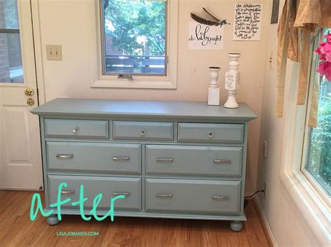 painting bedroom furniture ideas 1000 ideas about painting pine furniture on