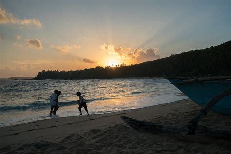 Inspirational Pictures Inspiringpicturesfromsrilanka0 Fubiz Media