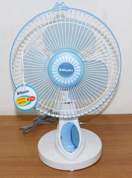 Grosir Kipas Angin Miyako miyako desk fan wall fan 2in1 kad 927b pusat